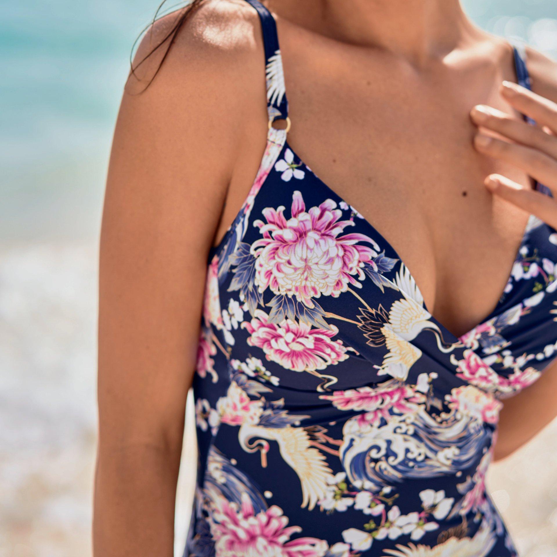 RosaFaia-Ebony, Badeanzug in Farbe Dove